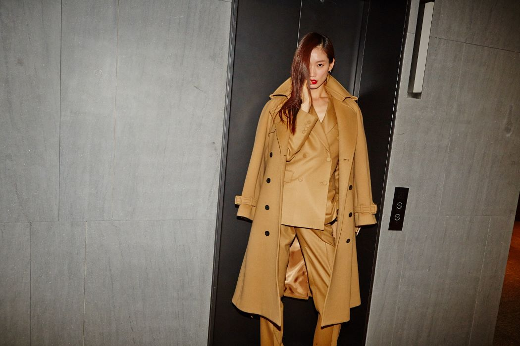 CAMEL CASHMERE TRENCH COAT